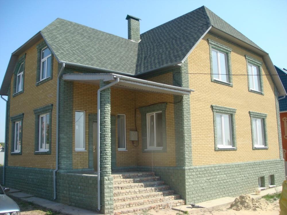 Отделка фасада кирпичного дома фото 6